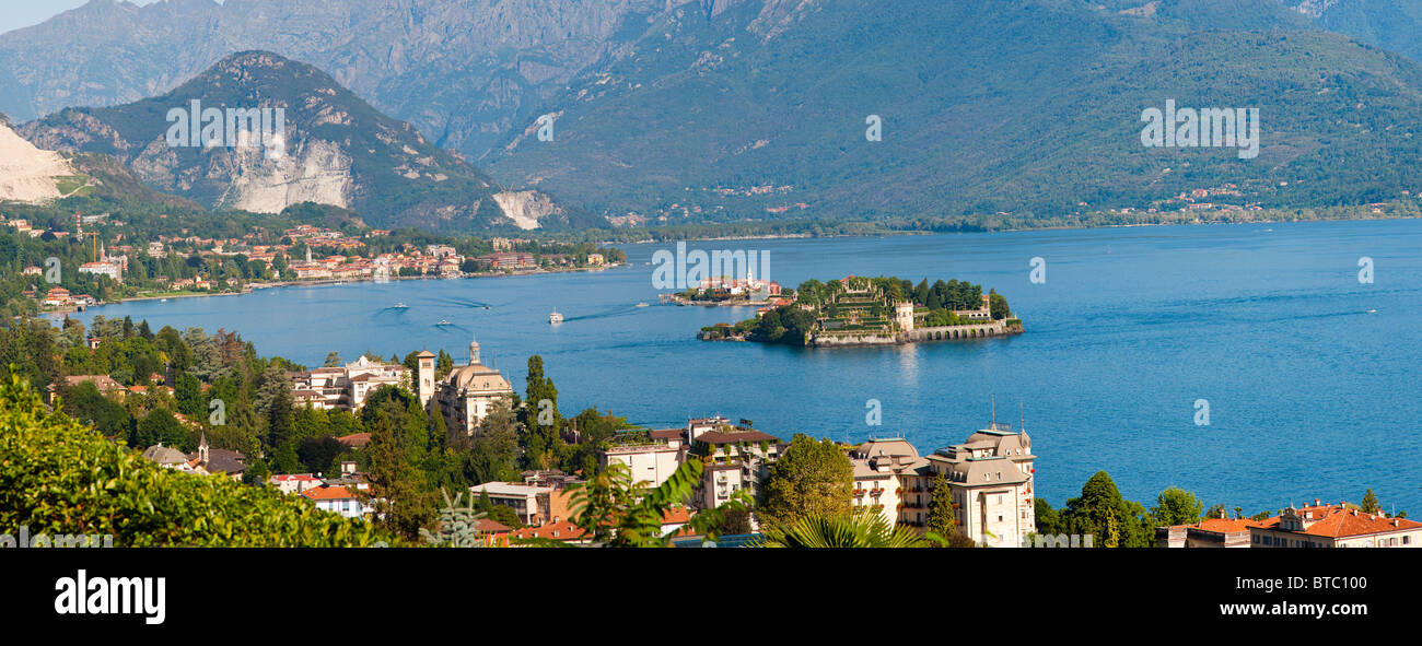 The town of Stresa and Isola Bella on Lake Maggiore Italy - Stock Image