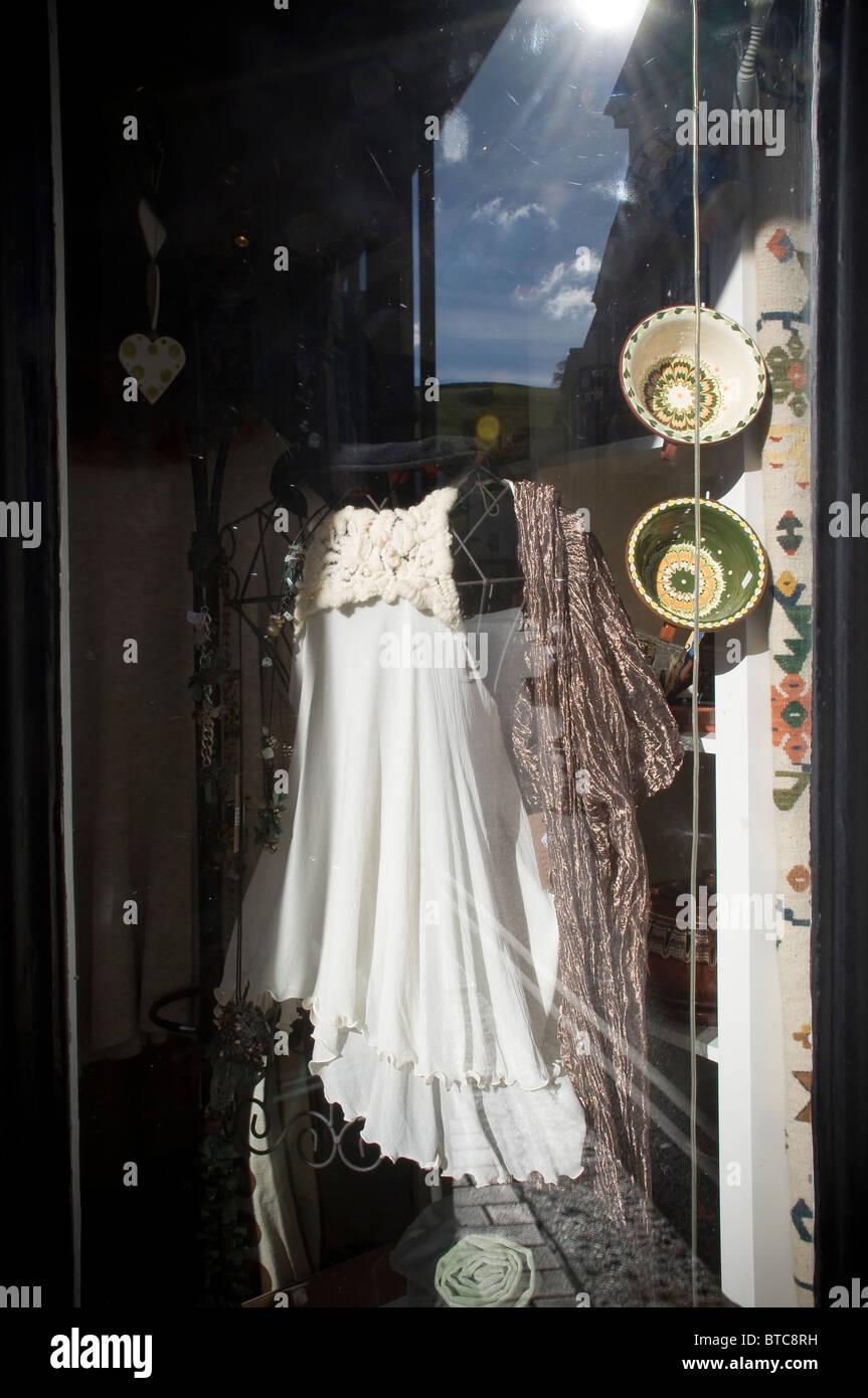 Totnes high street,Ninth funkiest town in the world,ceramics,british, church, devon, england, english, eu, europe, - Stock Image