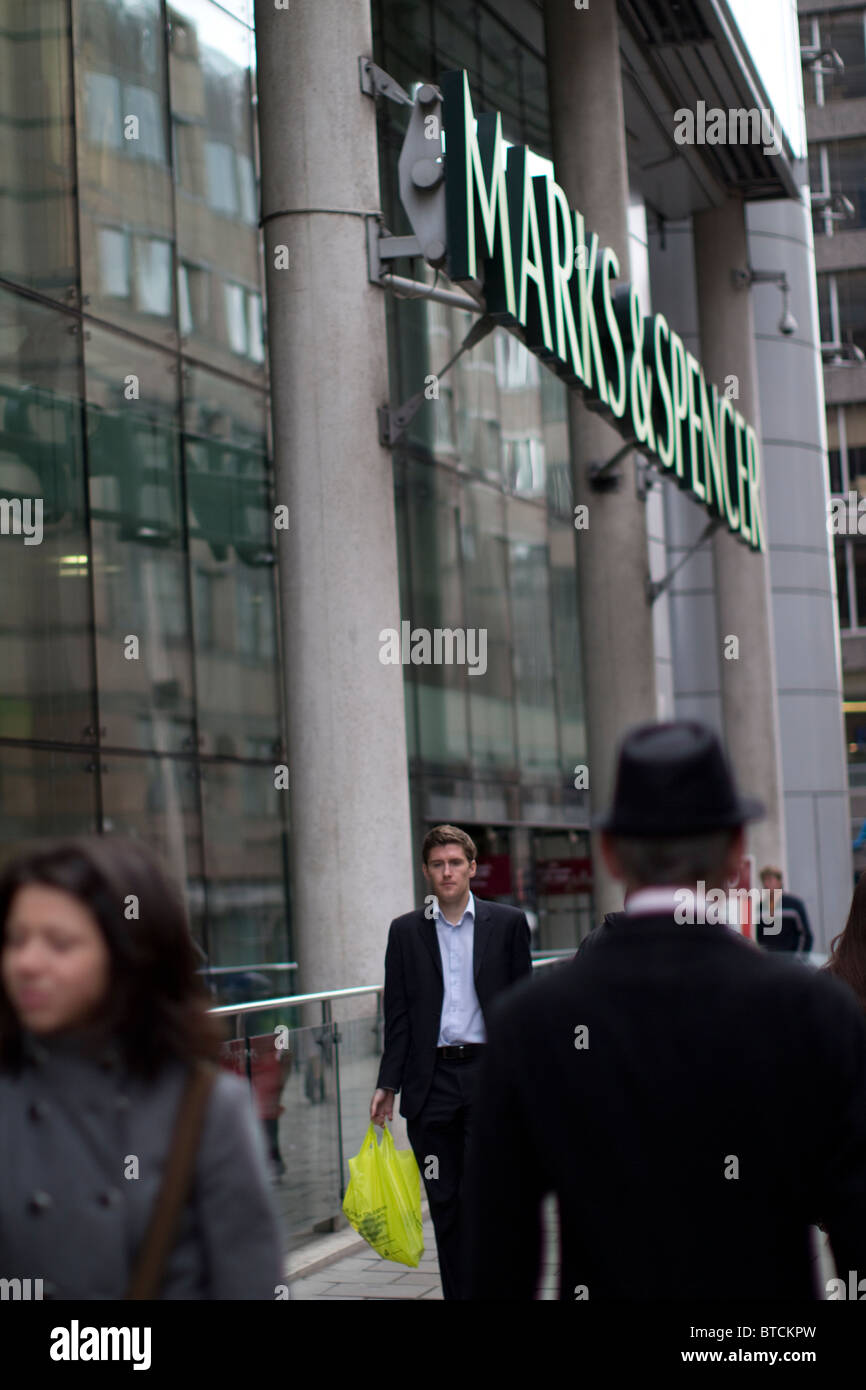 marks and spencers department store exterior moorgate london, with shoppers - Stock Image