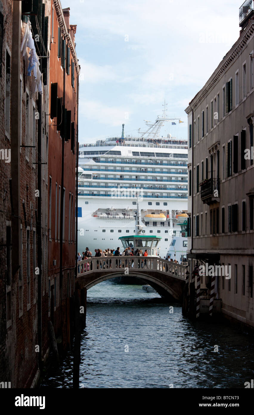 Costa Fortuna Cruise Ship Stock Photos & Costa Fortuna ...