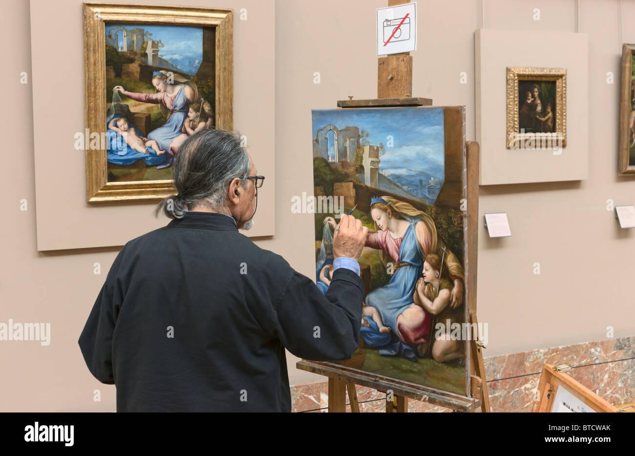 Painter artist copyist Louvre Museum Paris - Stock Image