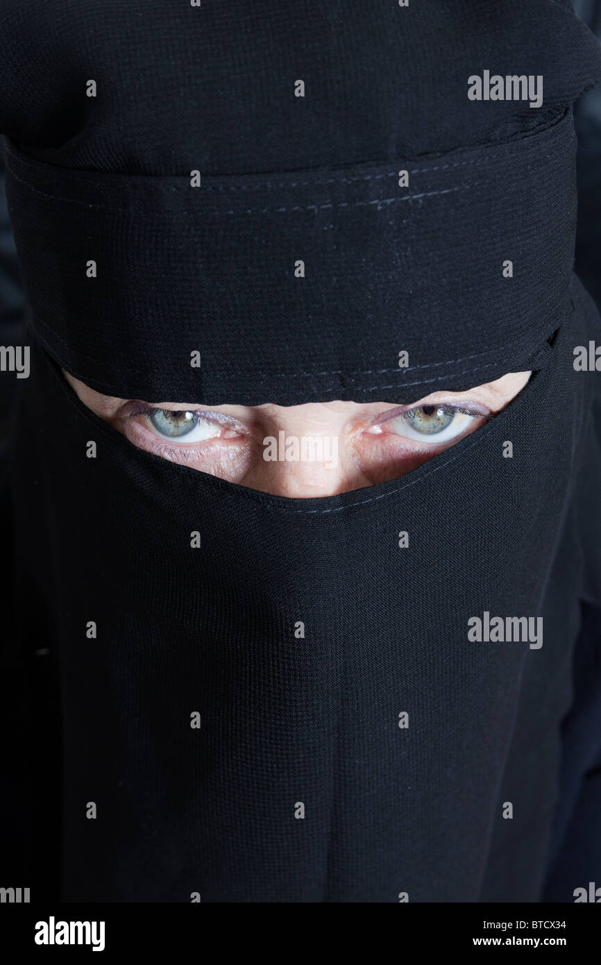 woman in burkha - Stock Image