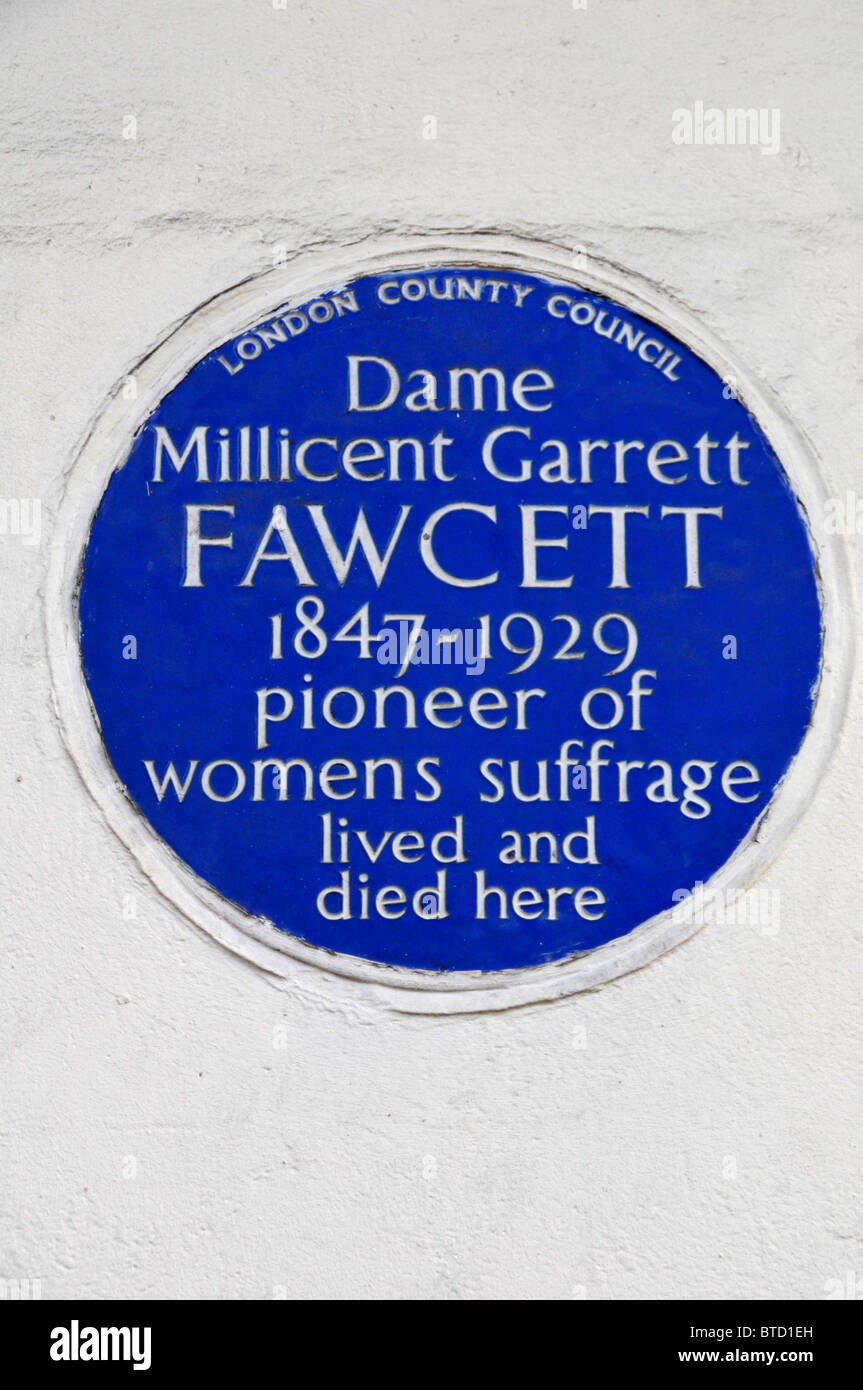 Blue Plaque on wall of property recording dame Millicent Garrett Fawcett lived and died here - Stock Image