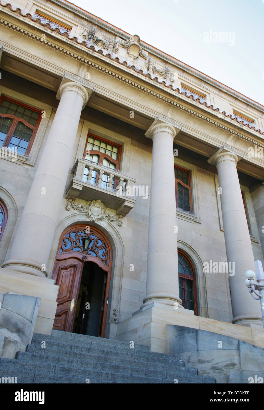 Entrance to the Supreme Court of Appeal in Bloemfontein, the legislative capital of South Africa. Built 1929 - Stock Image
