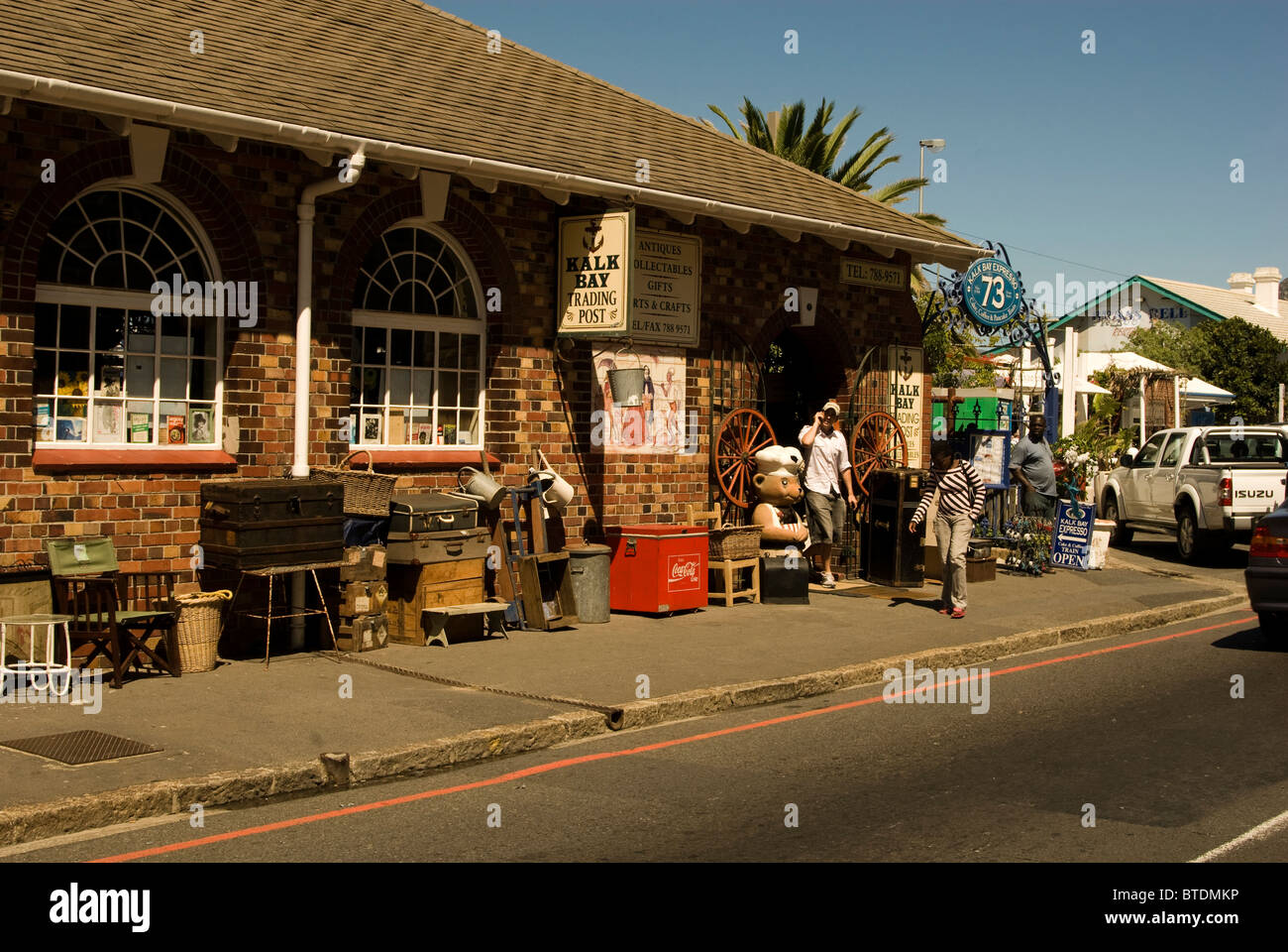Exterior view of Kalk Bay Trading Post, a shop selling antiques and bric-a-brac - Stock Image