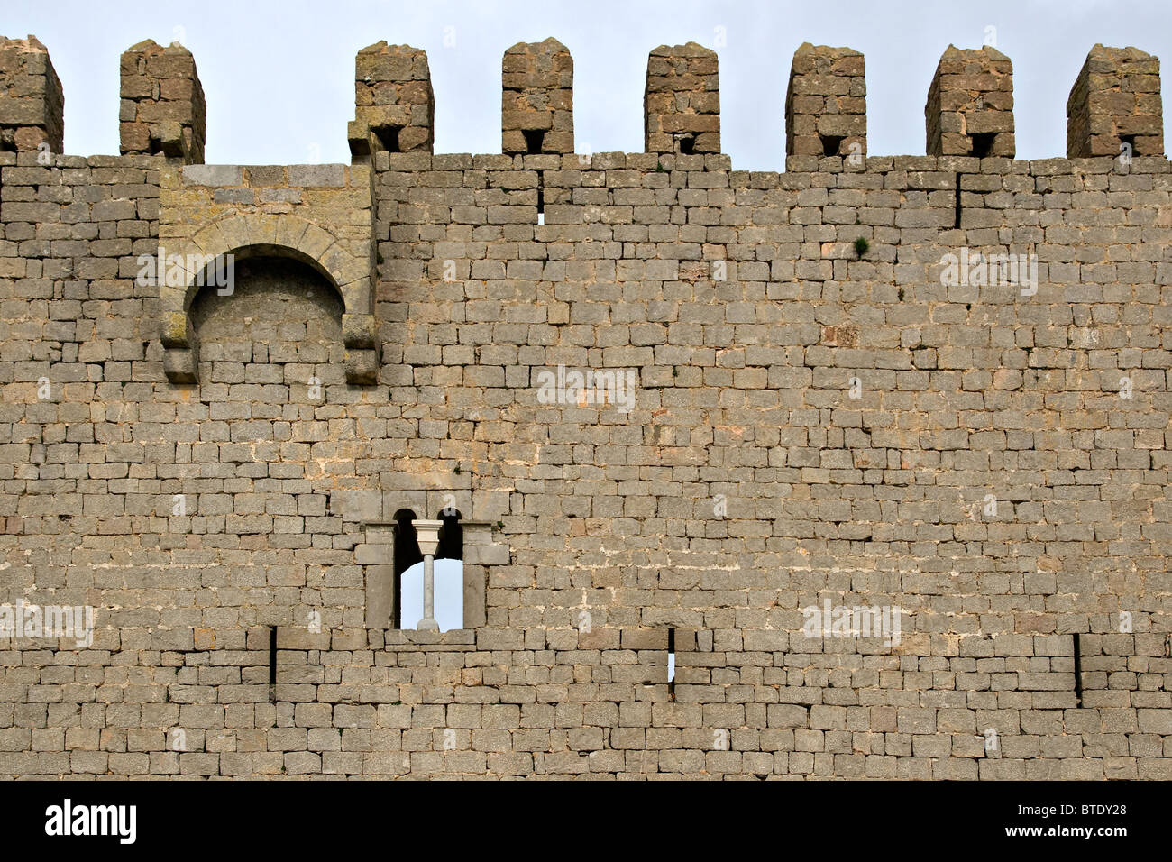 Curtain Wall Medieval Times : Curtain wall castle weakness menzilperde