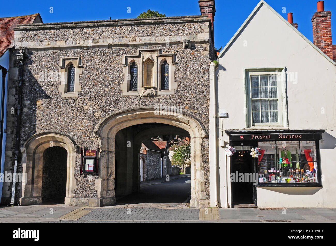 Early sixteenth century Canongate leading to Canon Lane and the Cathedral Precincts, Chichester. - Stock Image