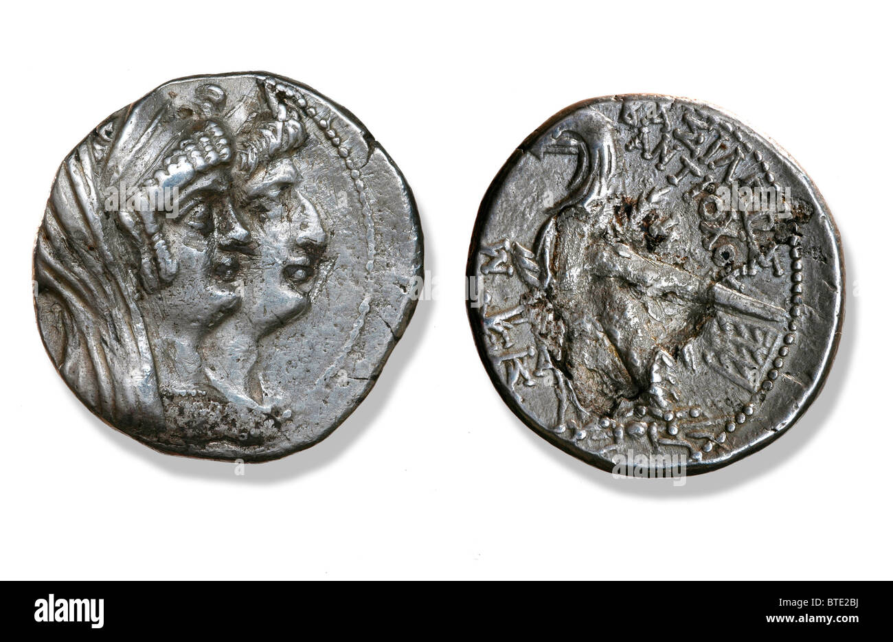 5404. Coin depicting Cleopatra Thea and Antiochus VII Grypus, 125 - 121 BC - Stock Image