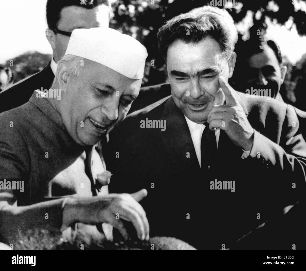 Chairman of Presidium of Supreme Soviet of USSR Leonid Brezhnev and Prime Minister of India Jawaharlal Nehru, 1962 - Stock Image