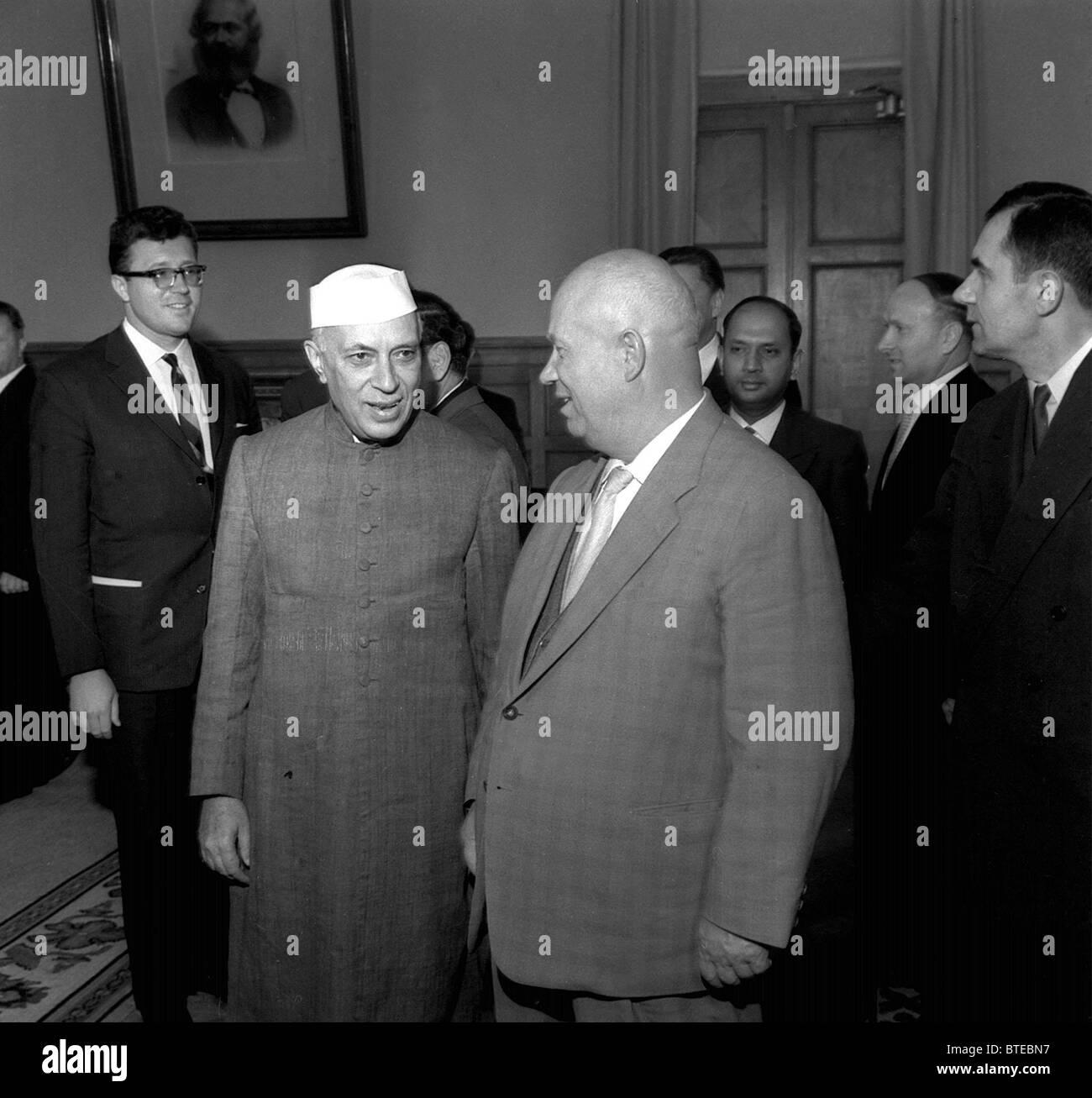 Nikita Khrushchev and Jawaharlal Nehru, 1962 - Stock Image