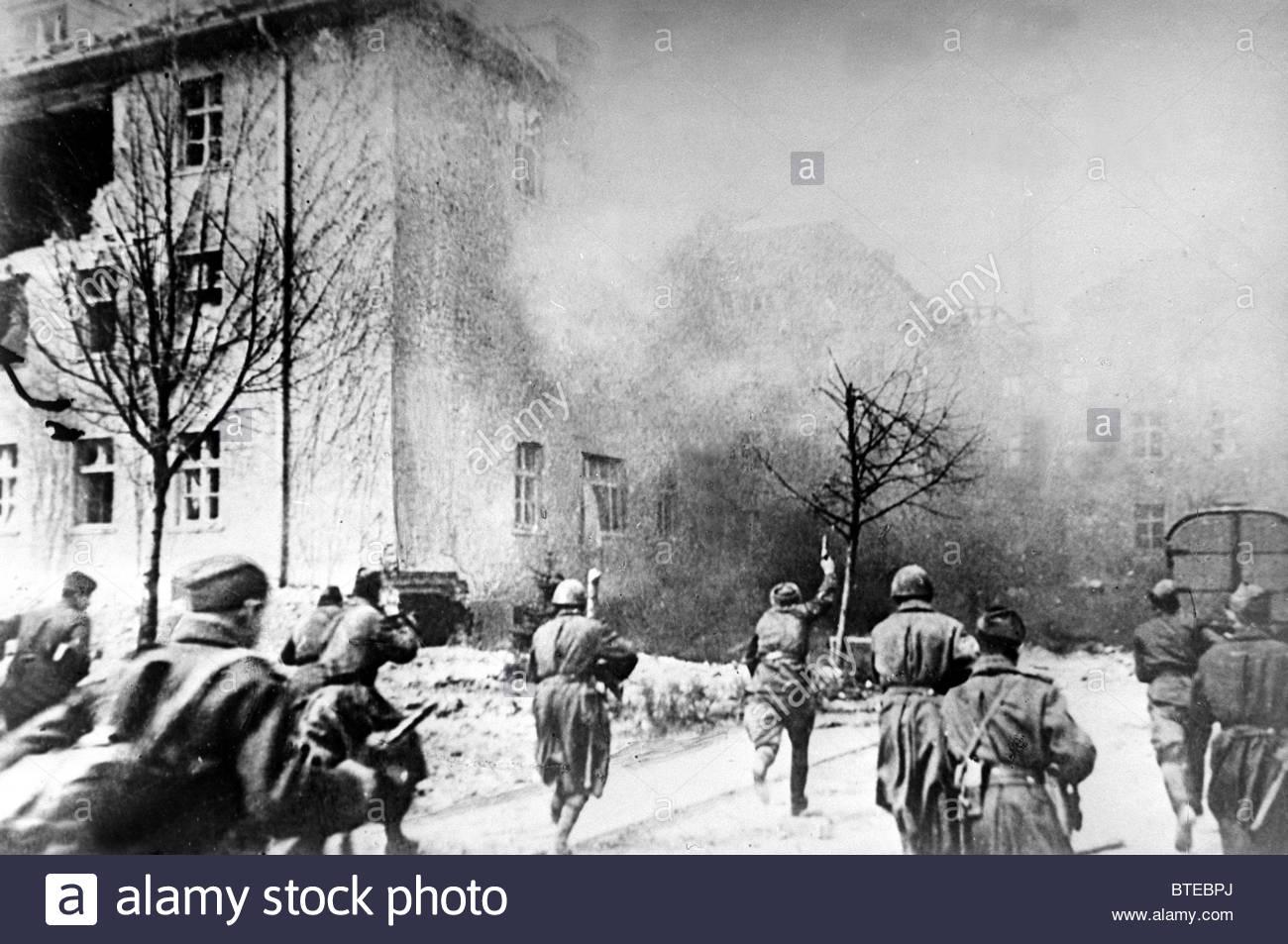 Great Patriotic War  Koenigsberg, 1945 Stock Photo: 32278698 - Alamy