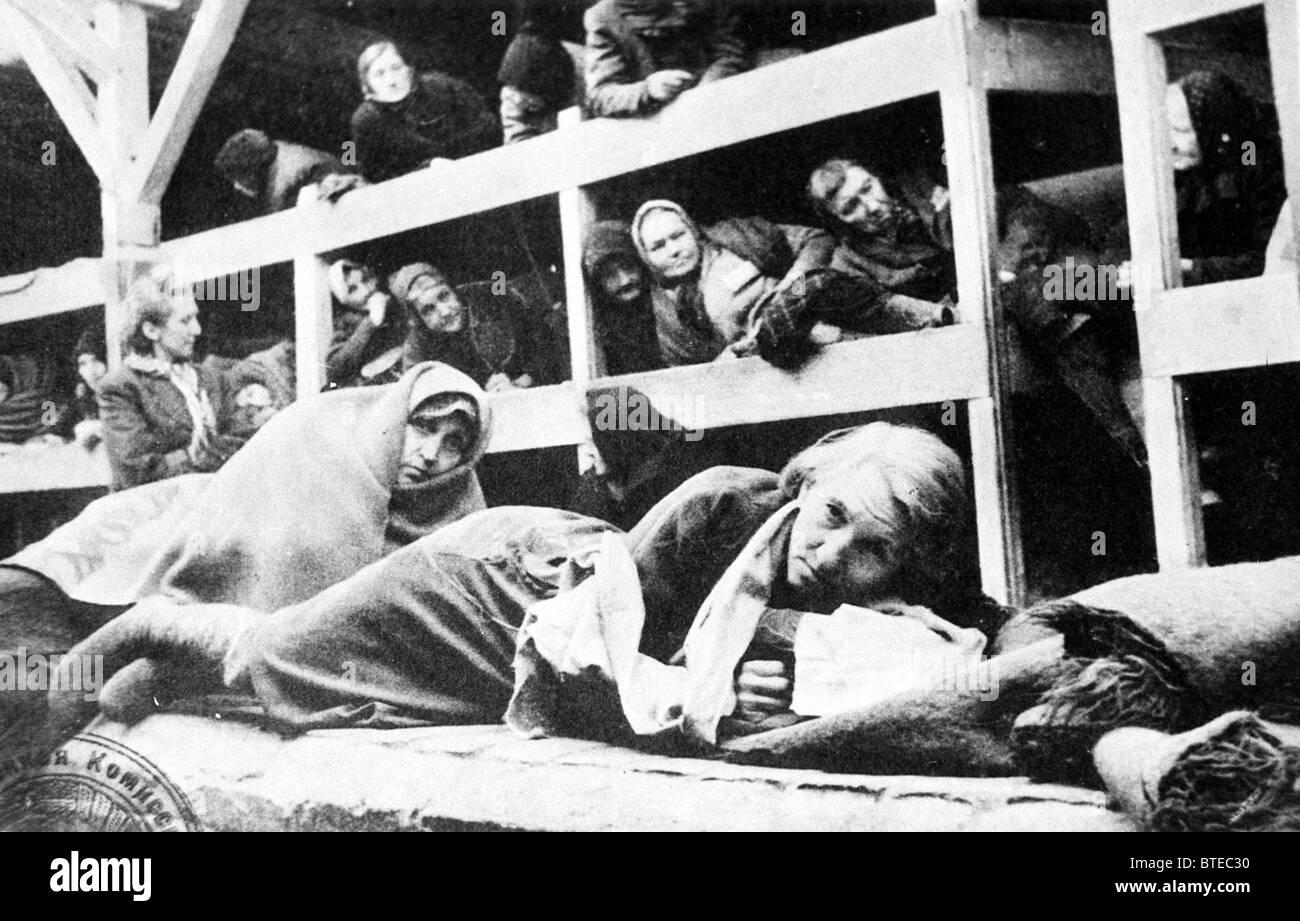Auschwitz-Birkenau (Oswiecim) women prisoners - Stock Image