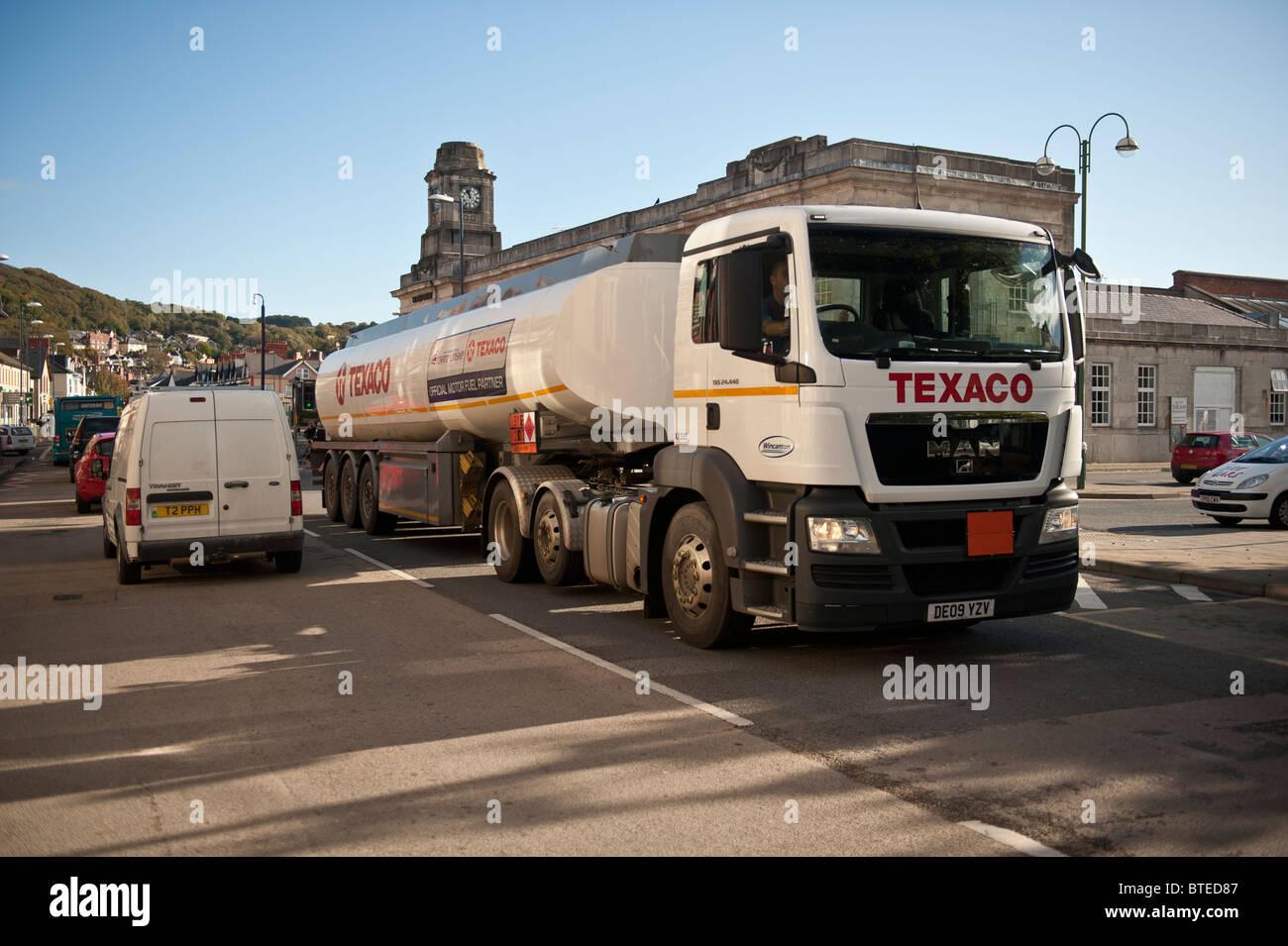 texaco petrol tanker, UK - Stock Image