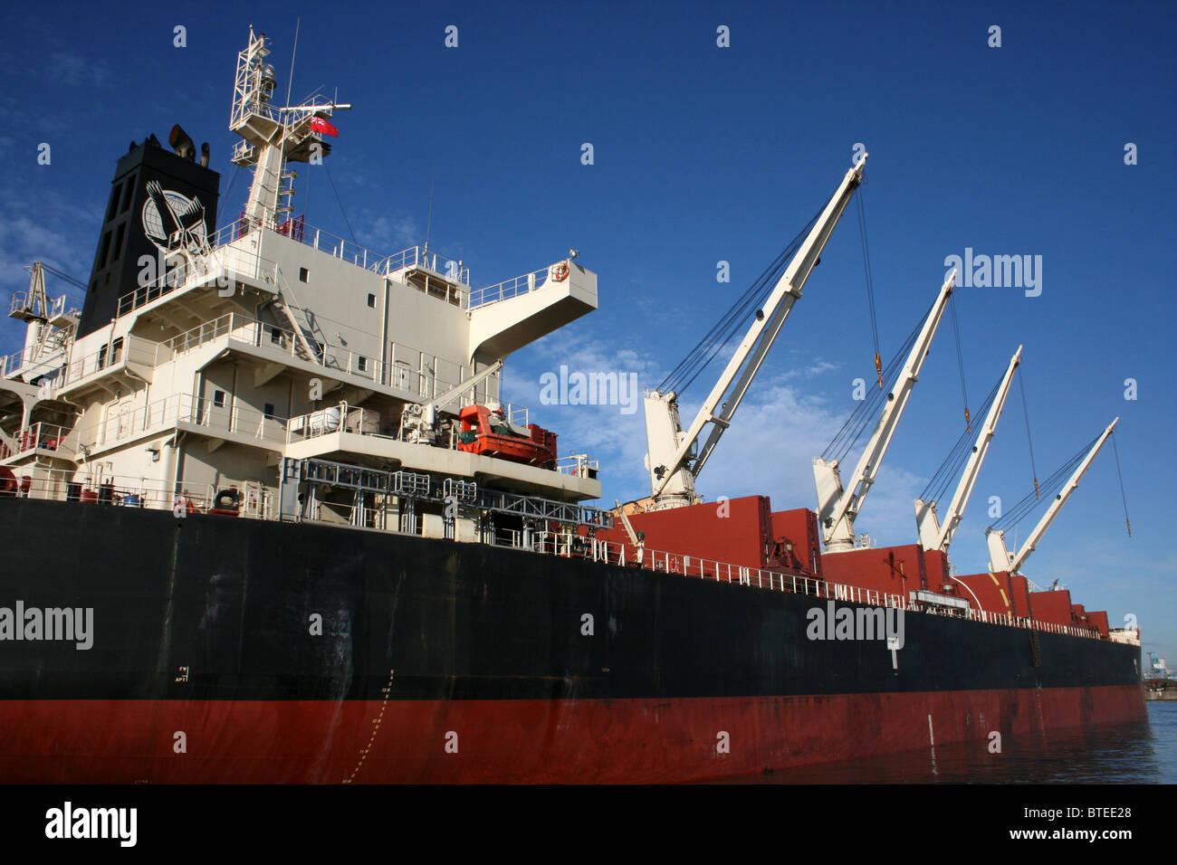 Cranes On The Cargo Ship 'Stellar Eagle', Liverpool Docks, UK - Stock Image