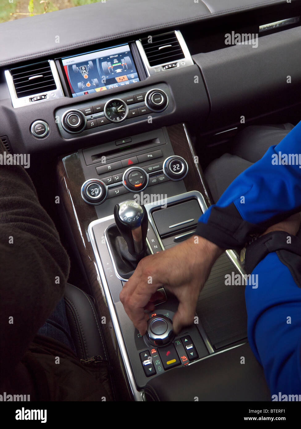 The Offorad Driving Display And Controls Of A Range Rover Sport 4x4 Stock Photo Alamy
