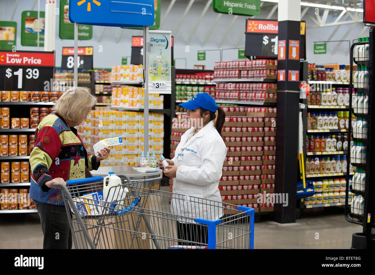 Walmart Store Display Stock Photos Amp Walmart Store Display