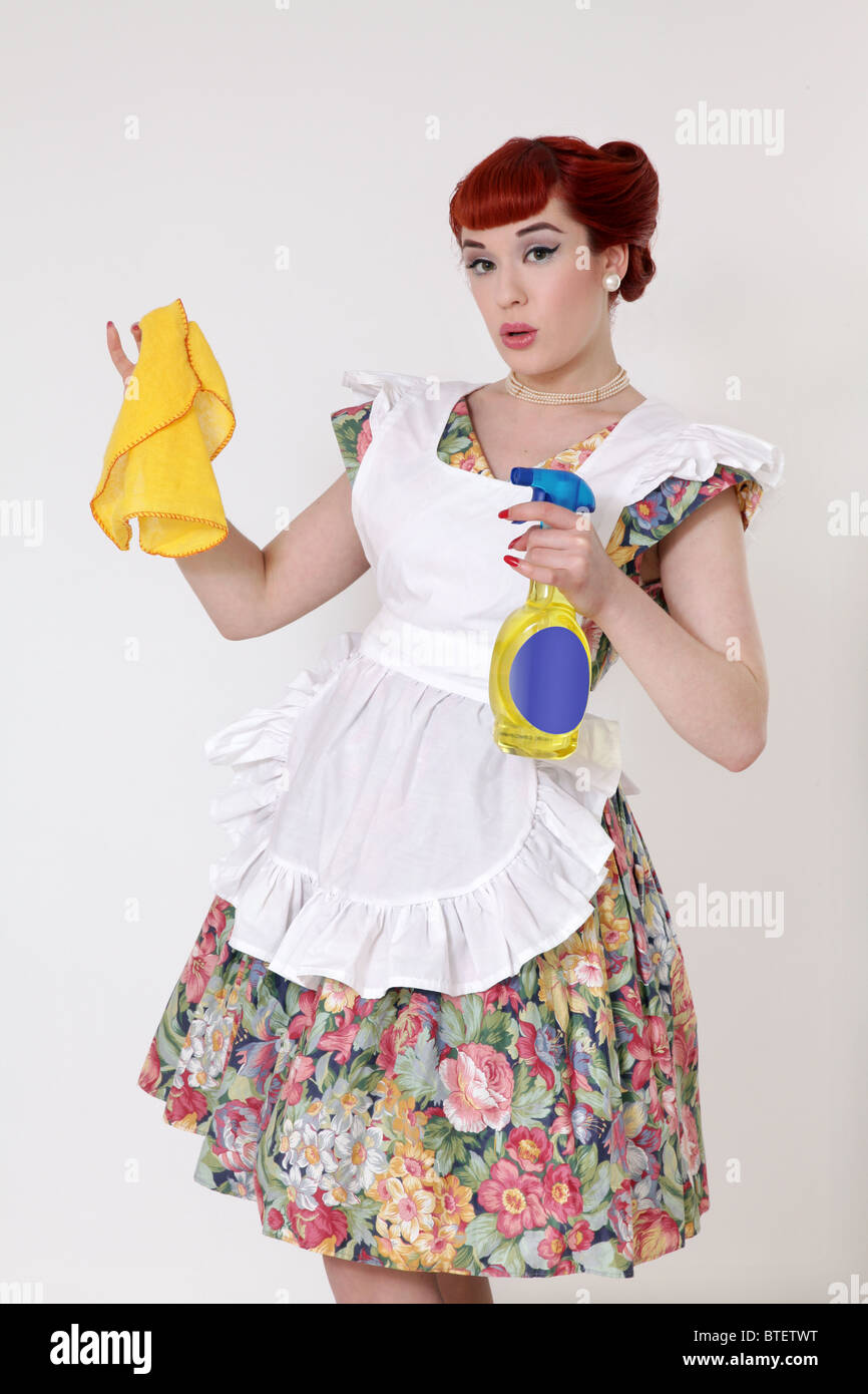 Retro Woman Cleaning Stock Photos Amp Retro Woman Cleaning