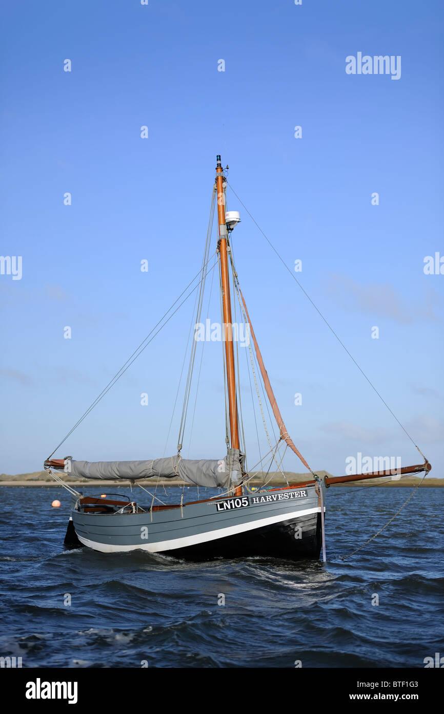 Sloop sailing boat - Stock Image
