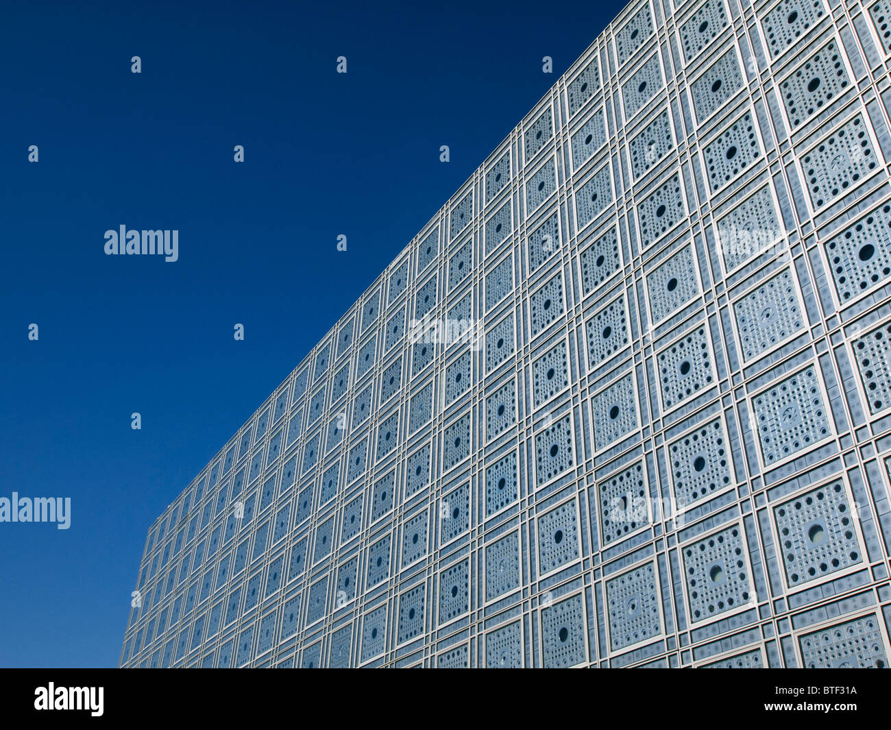 Exterior view of light sensitive facade and windows in the Institut du Monde Arabe in Paris France Architect Jean - Stock Image