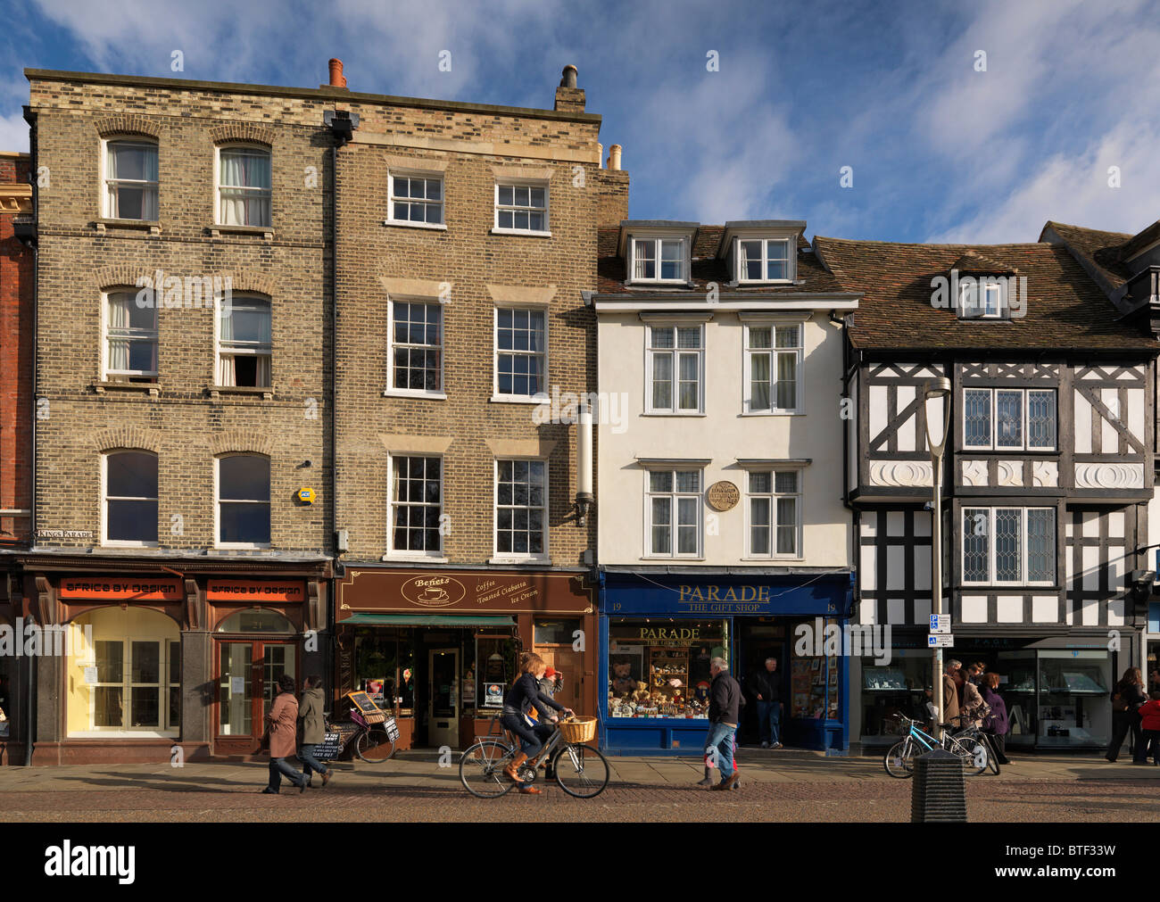 A group of shops and cafes in Kings Parade Cambridge - Stock Image