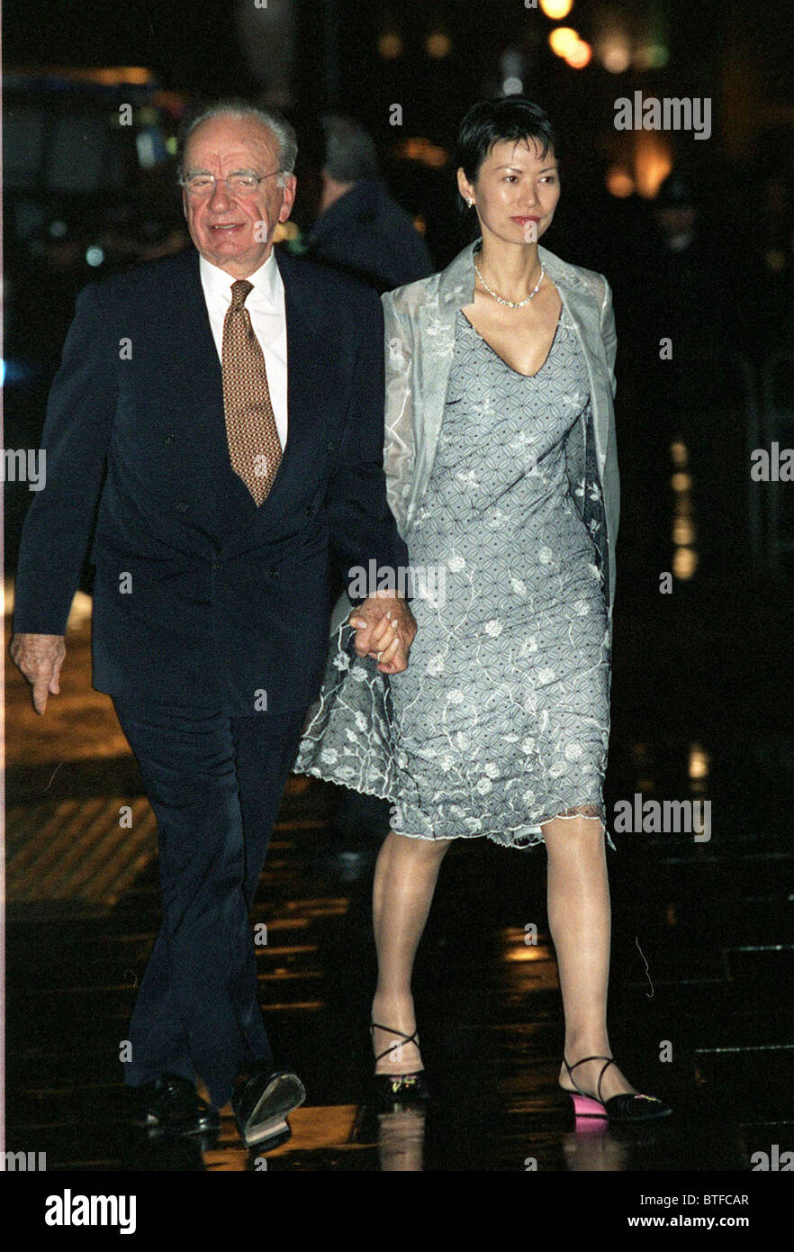 MEDIA MOGUL RUPERT MURDOCH WITH NEW WIFE WENDY DENG AT BANQUET AT CHINESE EMBASSY, LONDON - Stock Image