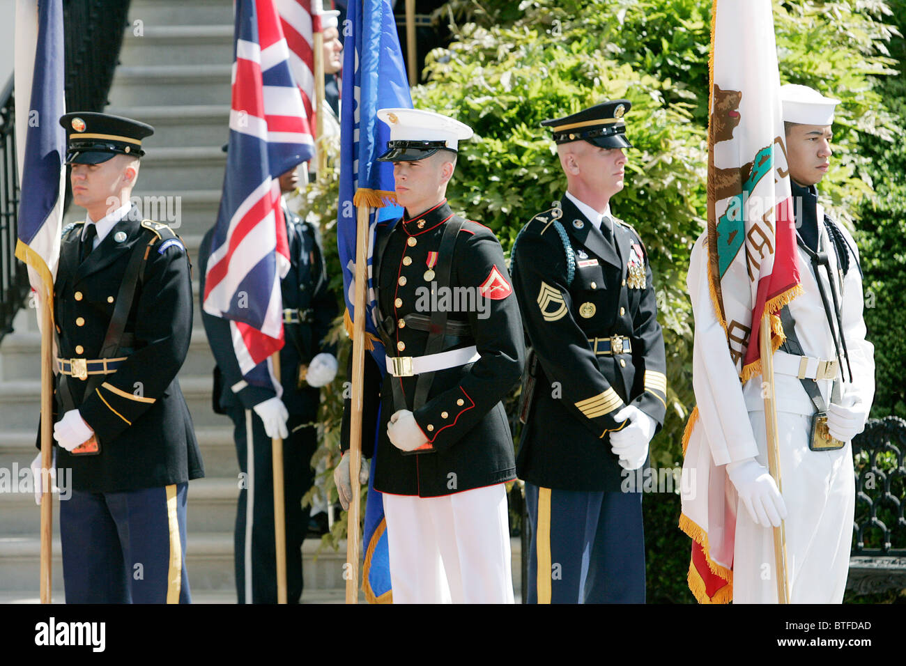 Military officers of the Army, Airforce, Navy, Coastguard and Marines at the White House, Washington DC, USA - Stock Image
