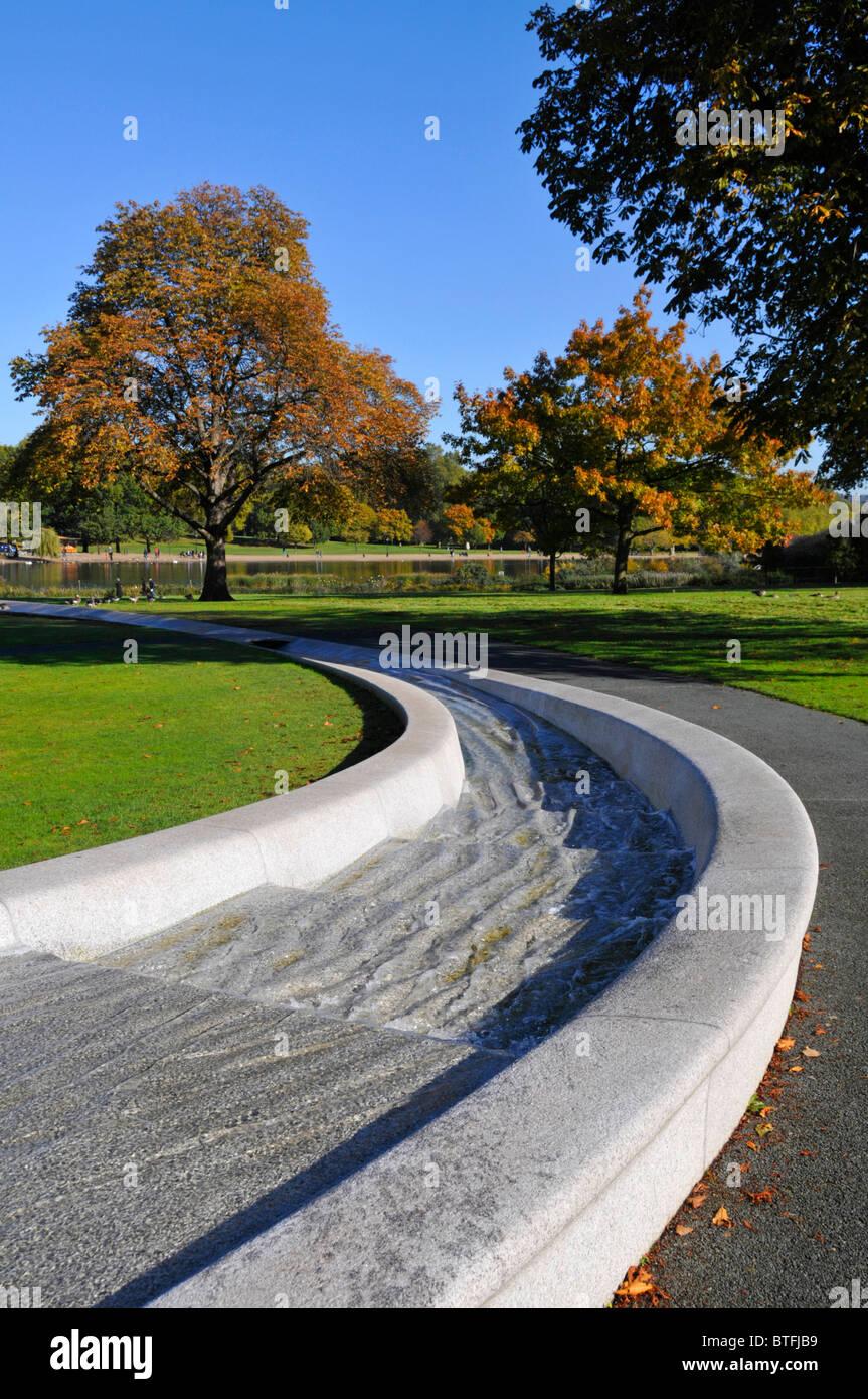 Princess Diana memorial fountain in Hyde Park London England UK forming a circular artificial rill water feature - Stock Image