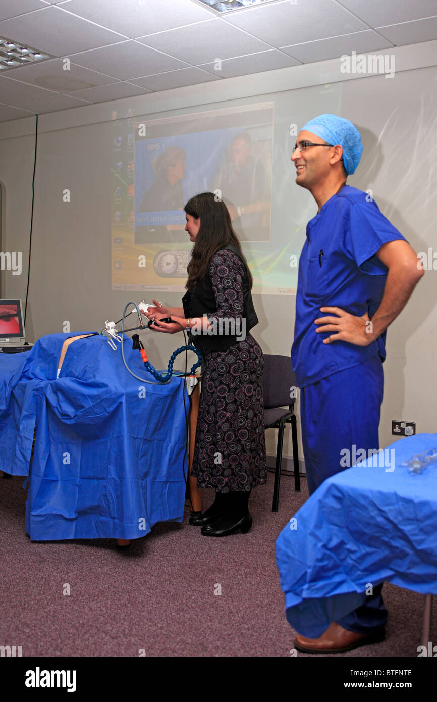 Nader Francis gives a talk on Laprascopic surgery - Keyhole surgery Stock Photo