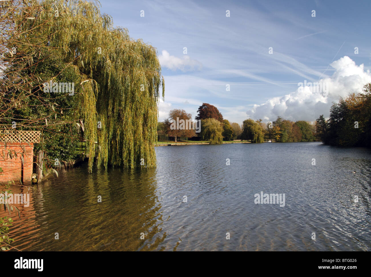 The river Thames at Mednemham, Berkshire, England Stock Photo