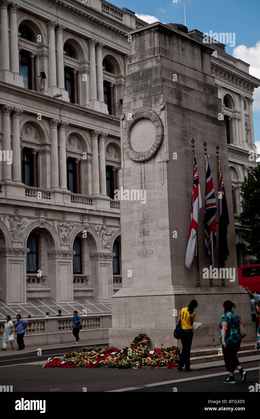 Monument to Glorious Dead, London - Stock Image
