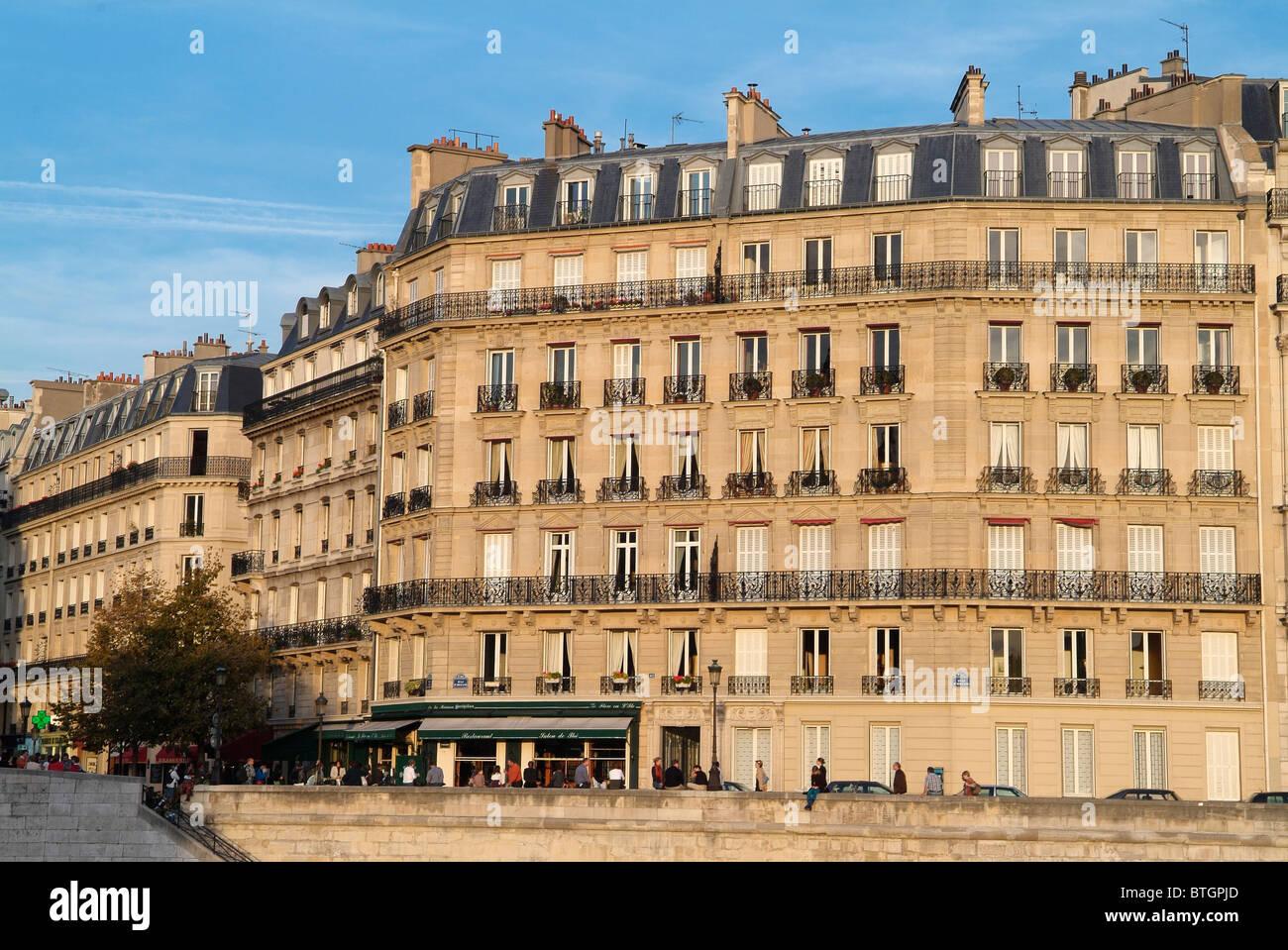 Buildings on Ile Saint Louis, Paris, capital of France - Stock Image