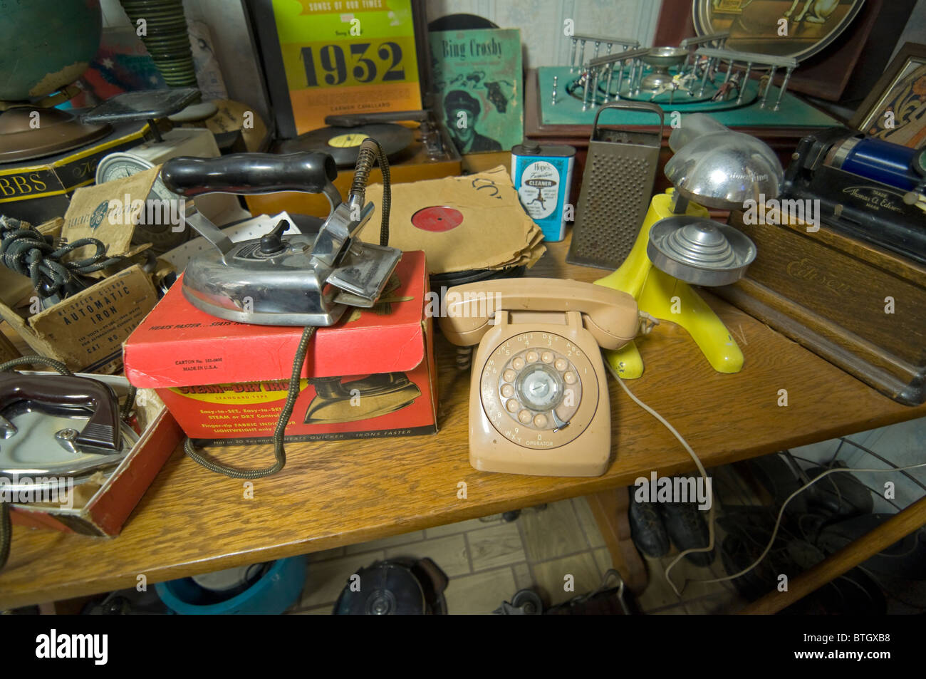 Don Garlits Museum of Classic Automobiles Ocala Florida room full of memorabilia Stock Photo