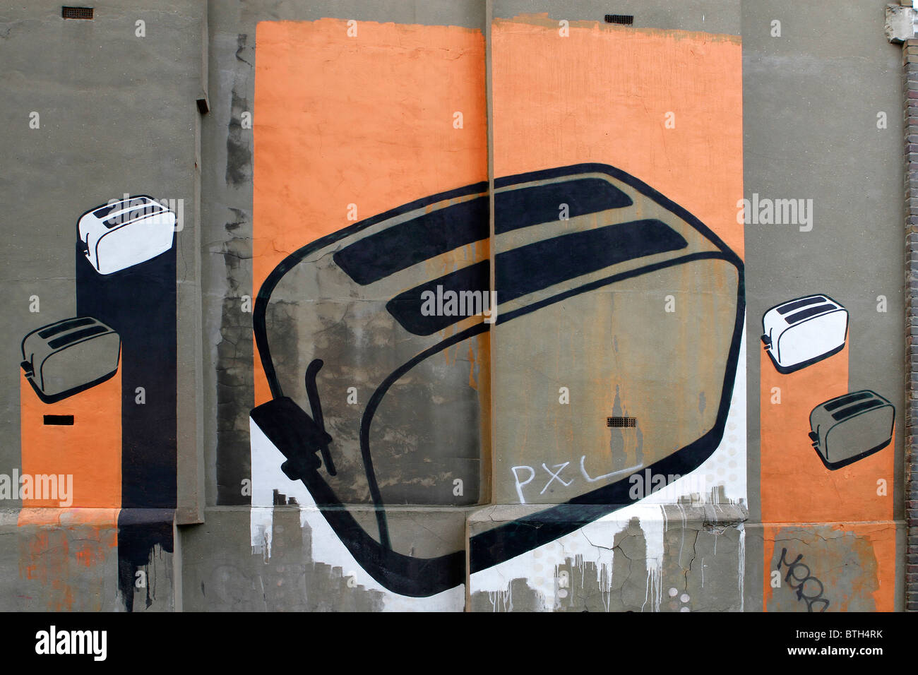 toaster stencil graffiti street art in Shoreditch London, urban art, - Stock Image