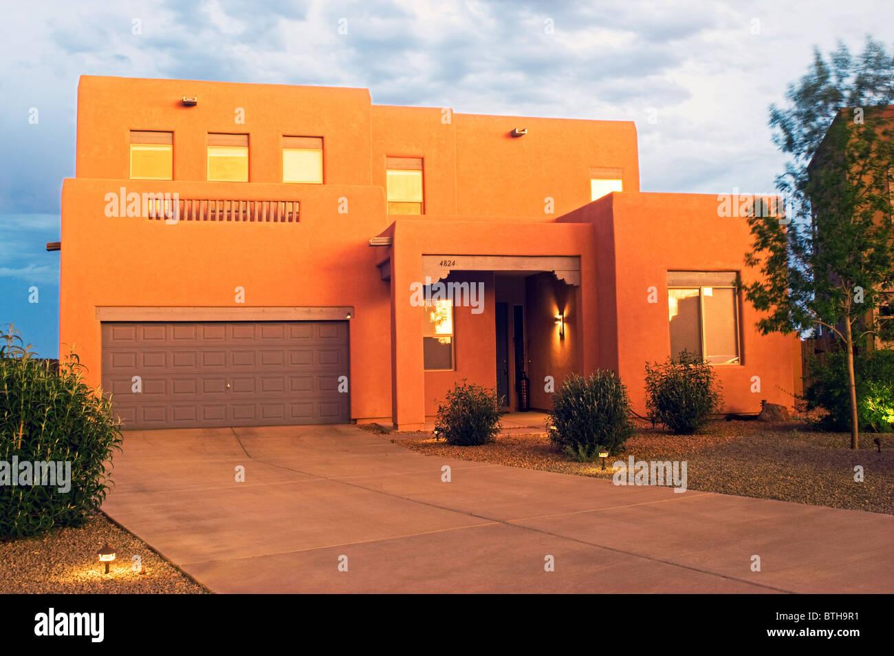 Southwestern style adobe residence in Santa Fe New Mexico - Stock Image