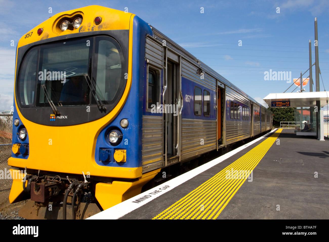 Train at platform, Onehunga Railway Station, Auckland, New Zealand - Stock Image
