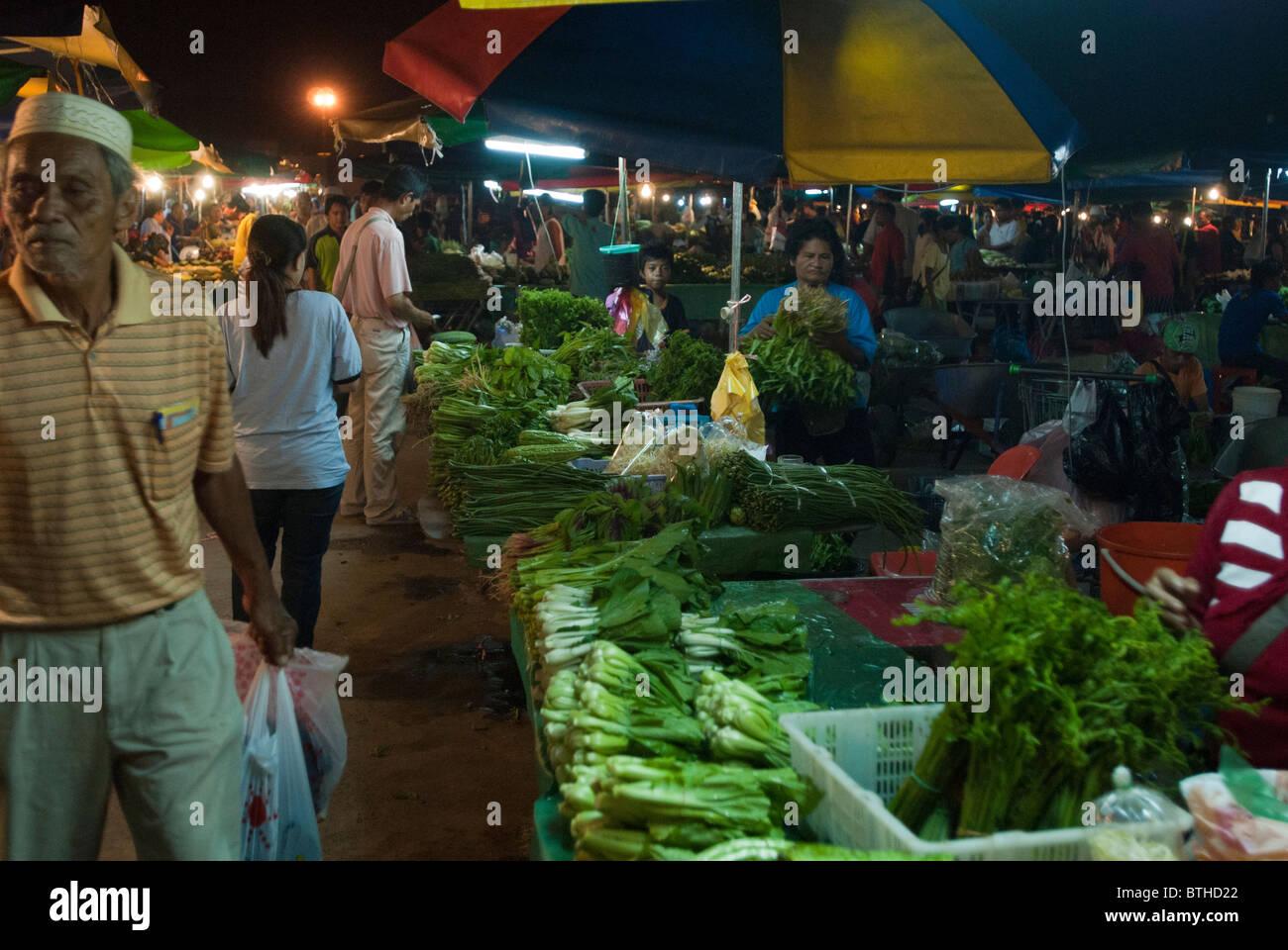 Filipino street market Kota Kinabalu Borneo - Stock Image
