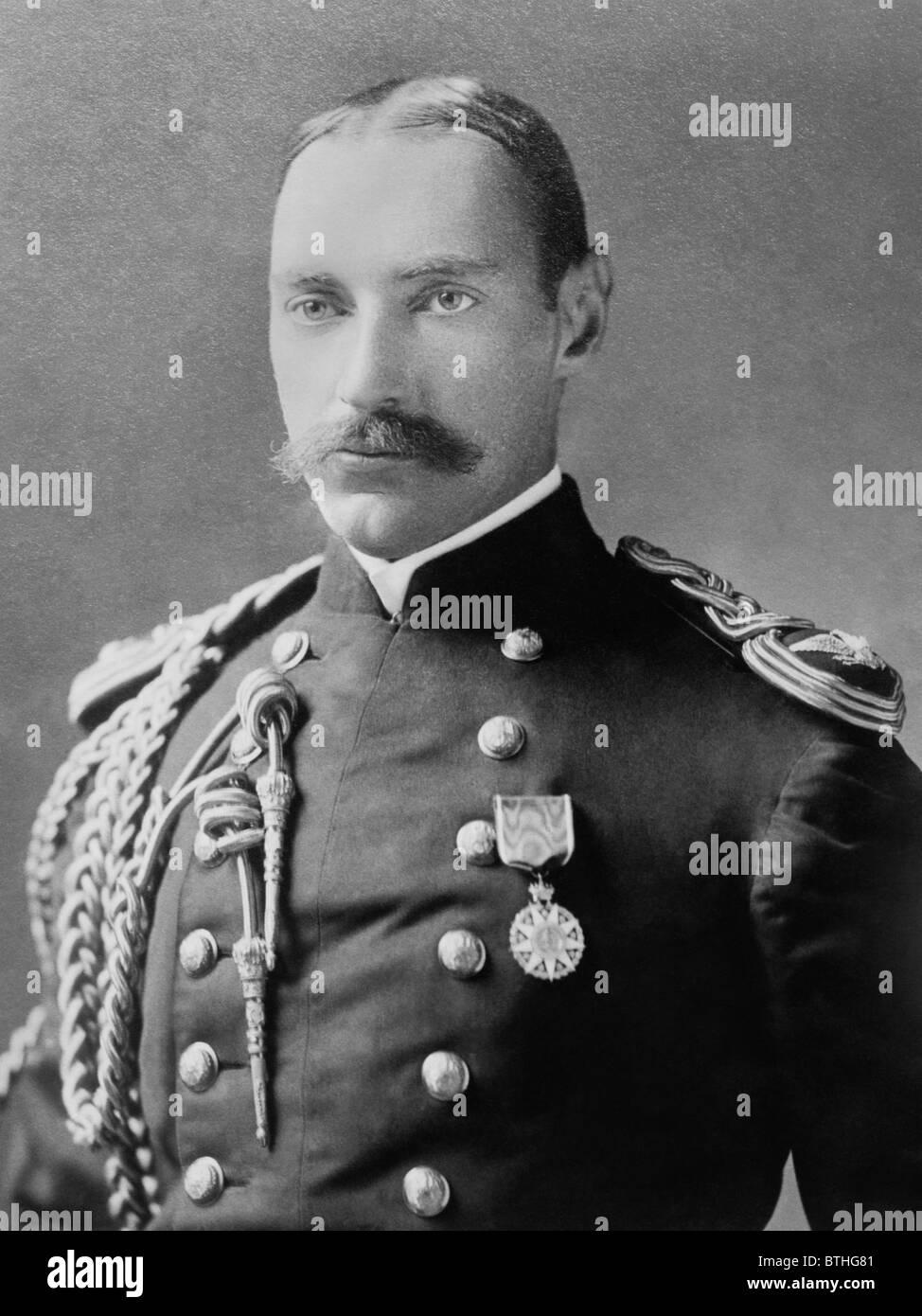 Portrait photo c1898 of millionaire American businessman + Titanic victim John Jacob Astor IV (1864 -1912) in military - Stock Image