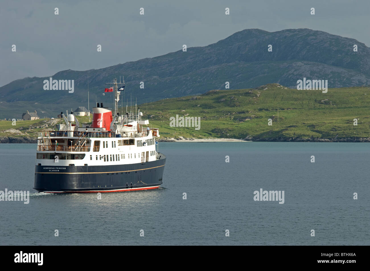 The Small Luxury Cruise ship arriving in Castlebay Isle of Barra, Outer Hebrides, Scotland.  SCO 6681 Stock Photo
