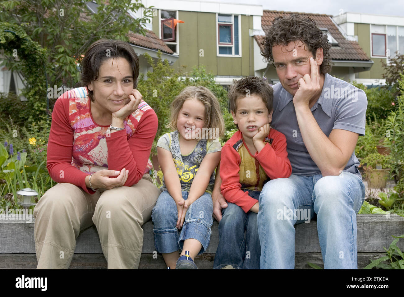 nuclear family portrait stock photo 32357622 alamy