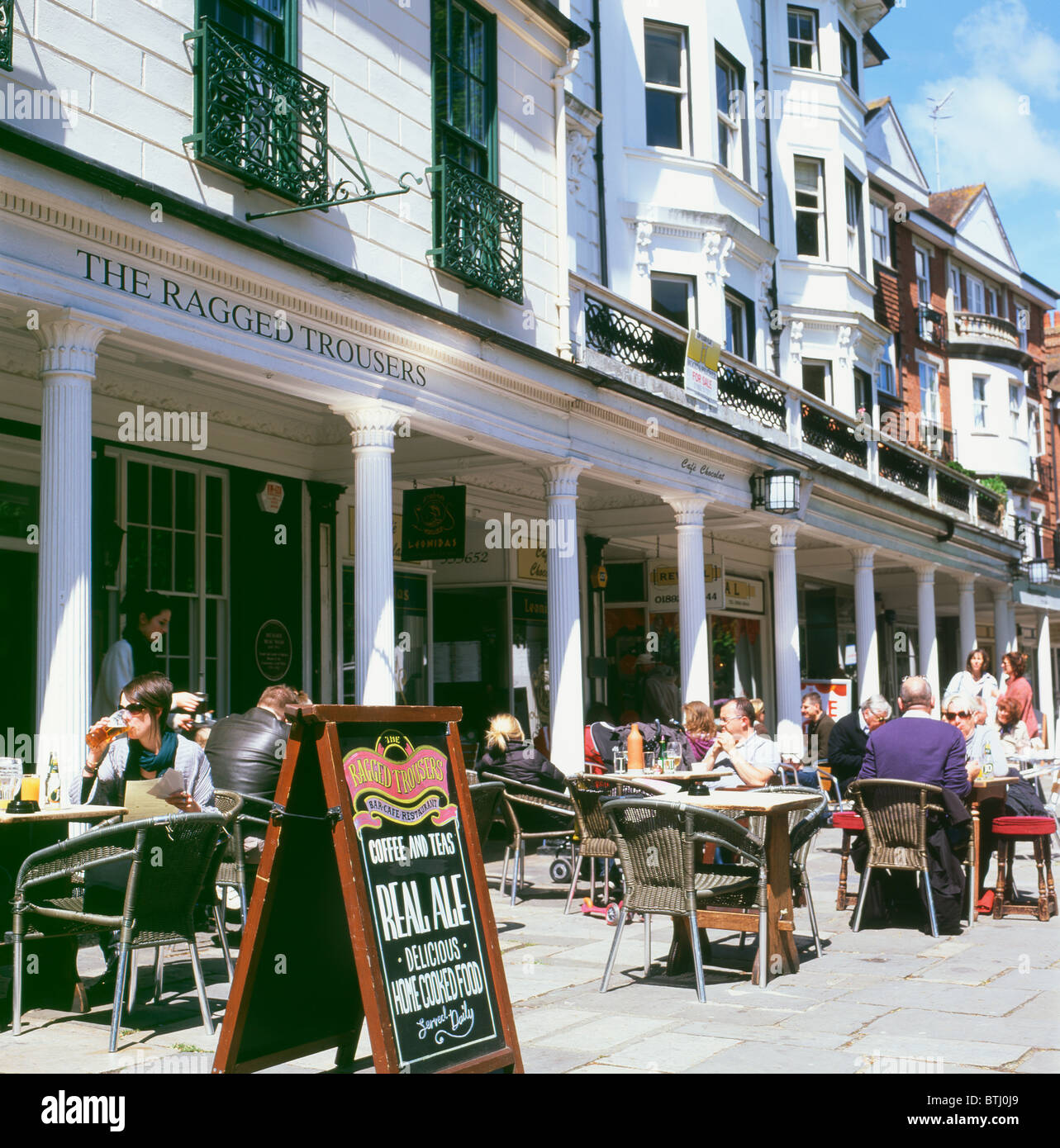 People relaxing outside The Ragged Trousers pub drinking real ale Pantiles in Tunbridge Wells, Kent England UK  - Stock Image