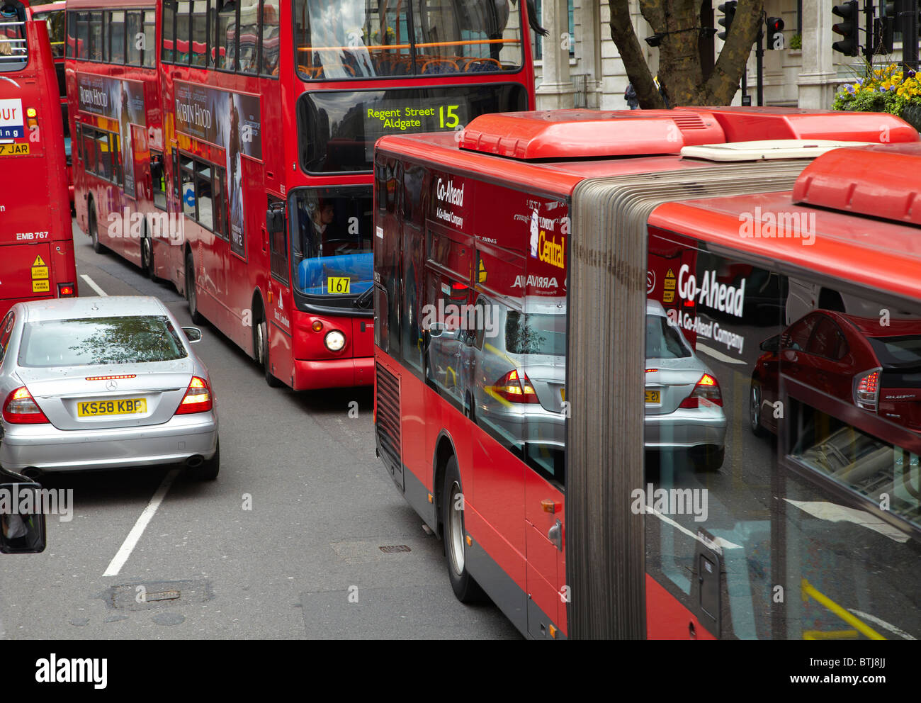 Traffic congestion, Trafalgar Square, London, England, United Kingdom - Stock Image