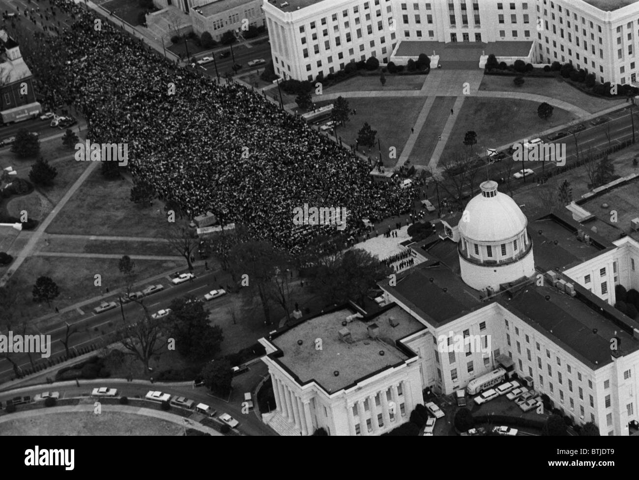 Civil rights marchers in front of the Alabama State Capitol at the end of their march from Selma to Montgomery, - Stock Image
