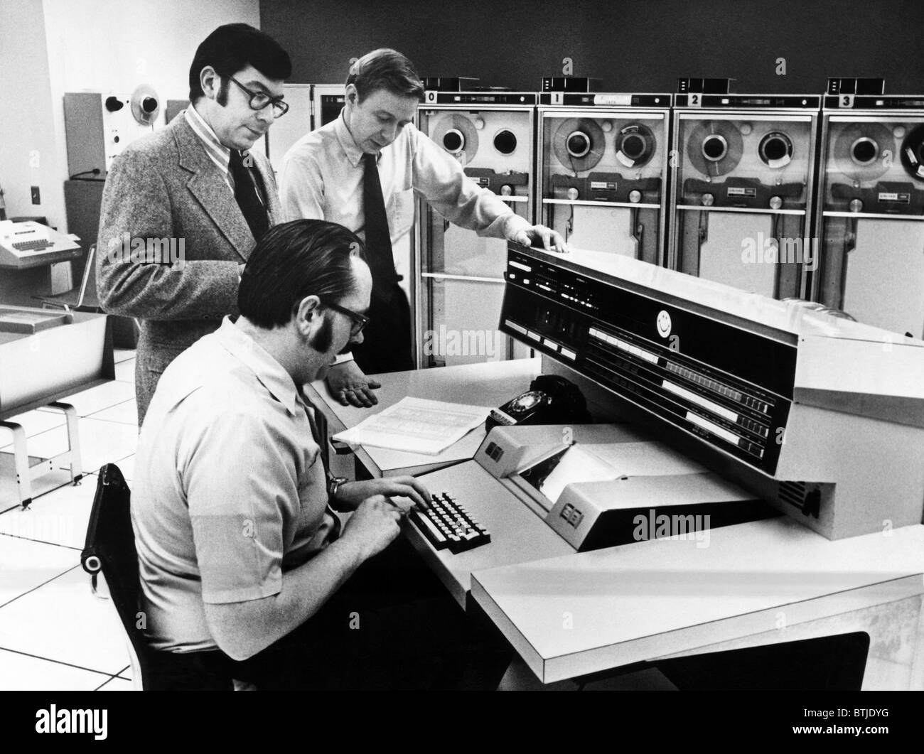Officials at the main console of Univac 1108, 1972. Courtesy: CSU Archives/Everett Collection Stock Photo