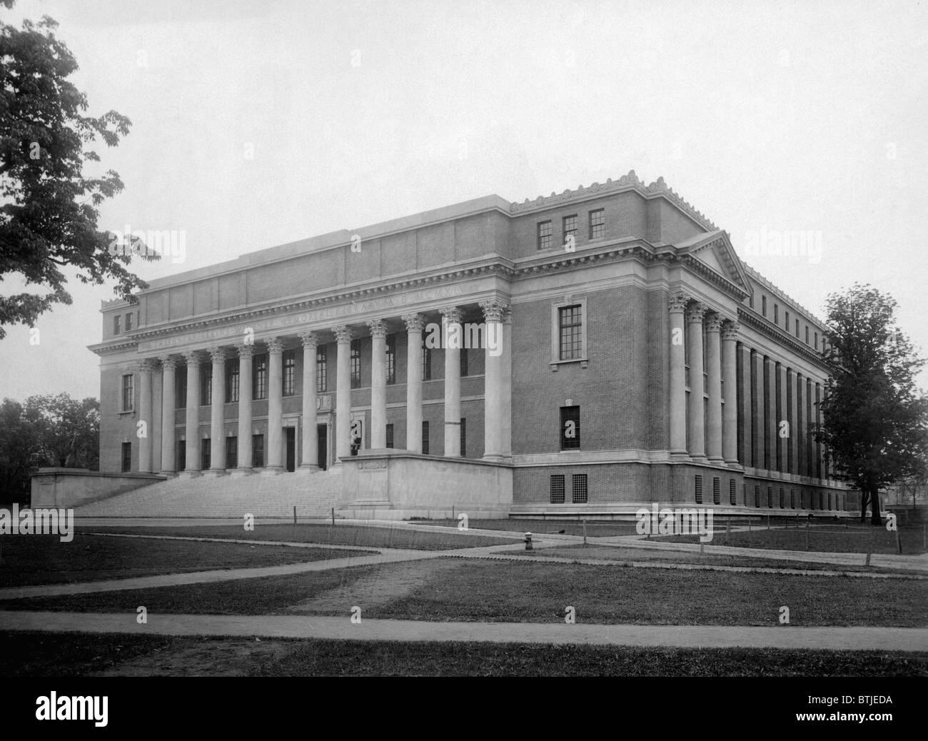 Harvard University The Widener Library Located At Yard Massachusetts C