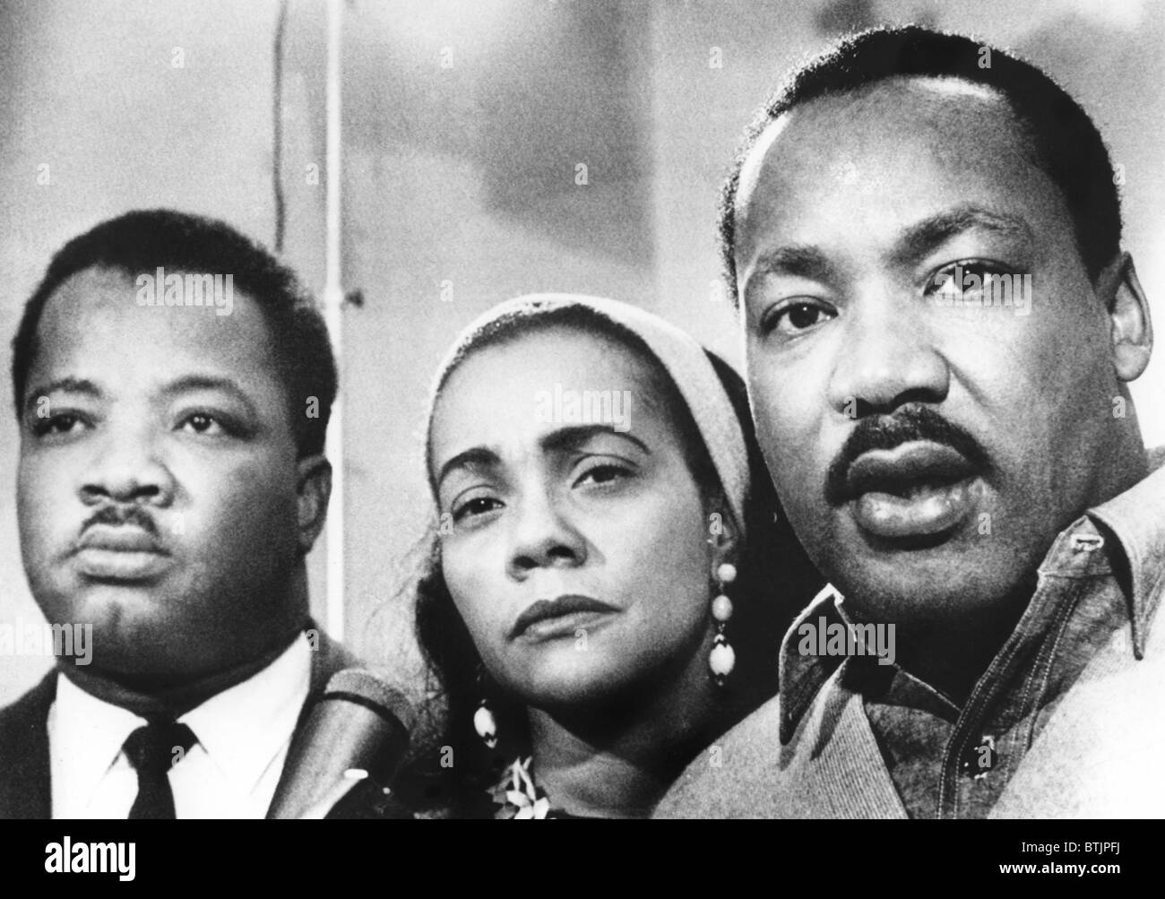 Dr. Martin Luther King (right), with his wife, Coretta ...