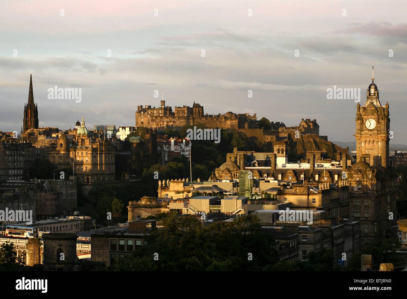 Edinburgh Castle & Balmoral Hotel seen from Calton Hill, Edinburgh, Scotland Stock Photo