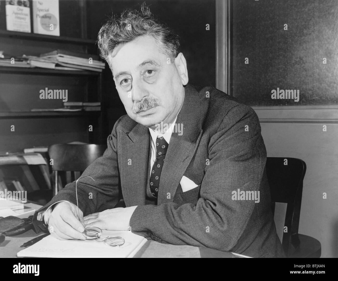 Sholem Asch (1880-1957), Polish born Jewish writer, immigrated to America in 1914, wrote in Yiddish on Jewish identity - Stock Image