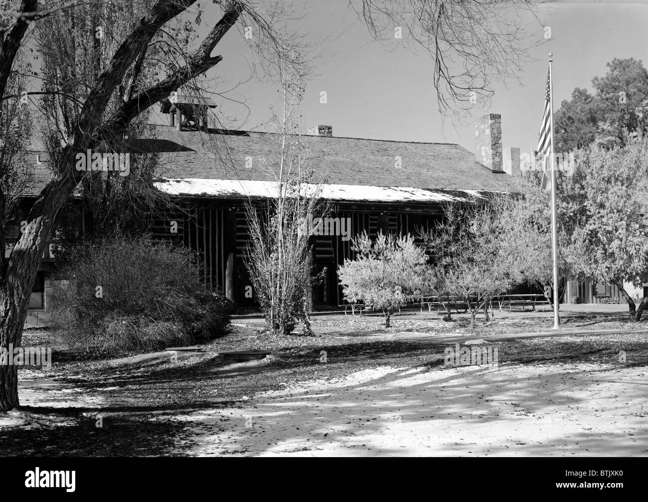 Fuller Lodge, the  mess hall and guest quarters at Los Alamos during the Manhattan Project, Los Alamos, NM 1946 - Stock Image