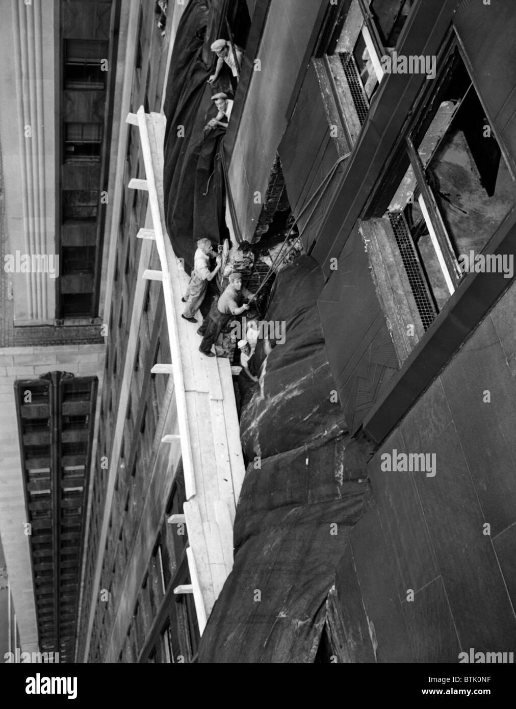 B Crash Empire State Building