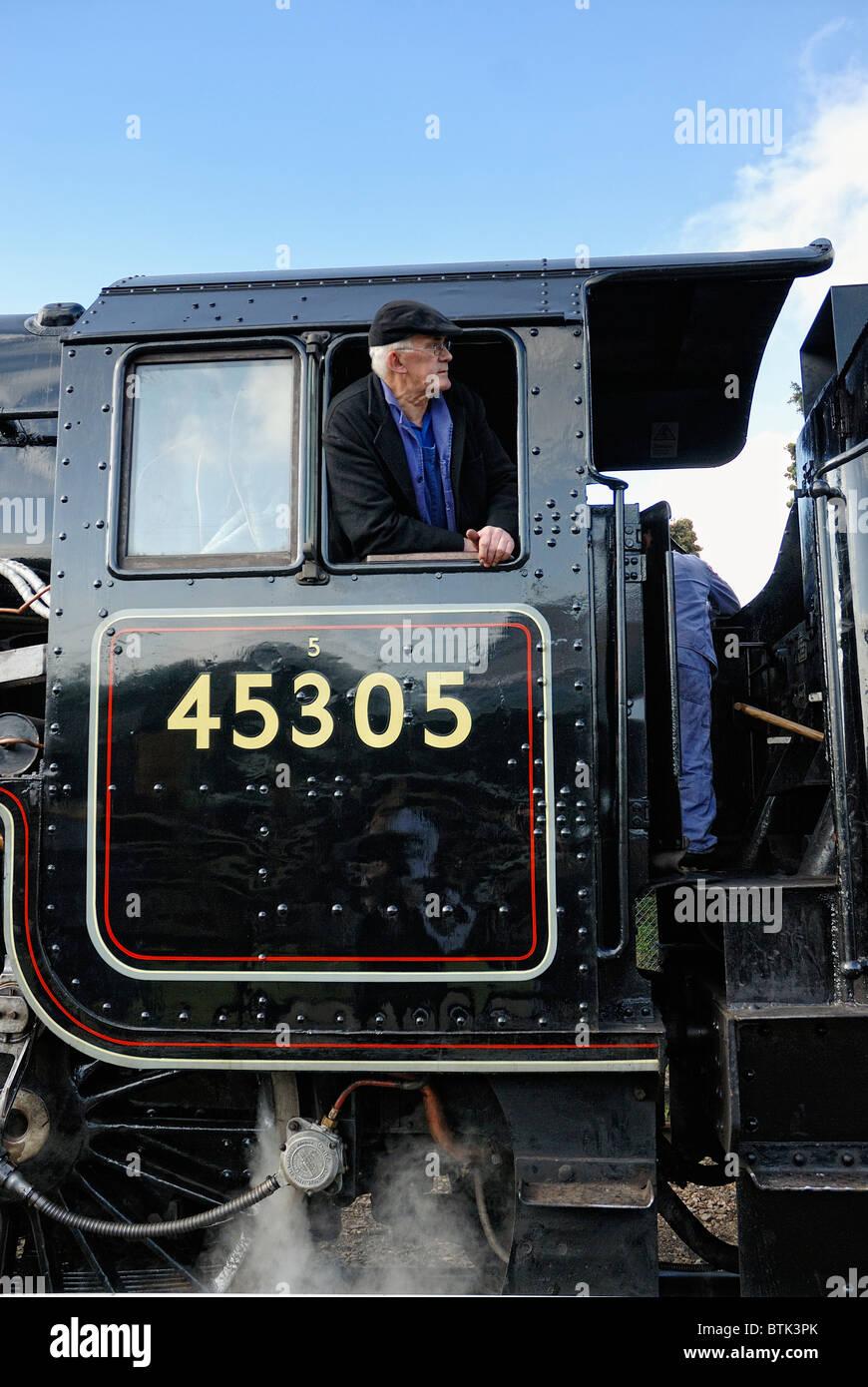 LMS Stanier Class 5 4-6-0 5305 ex-LMS black five 45305 on